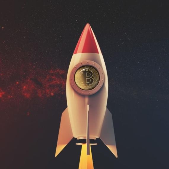 El precio de Bitcoin se dirige hacia un máximo histórico promovido por una «programación» matemática